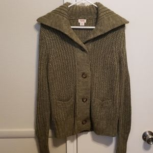 Like new! Olive Green sweater